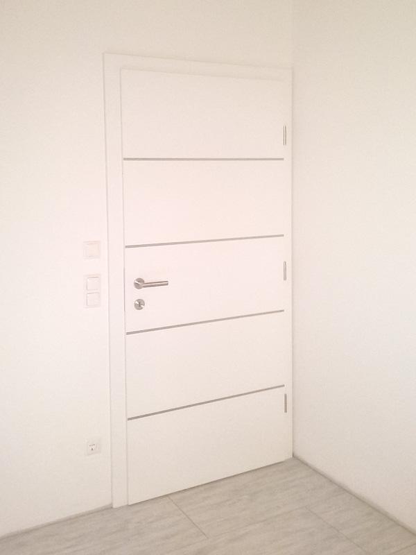 Innentüre In Ahorn Mit Einleger Wurzelfurnier. Innentüre Flächenbündig ...