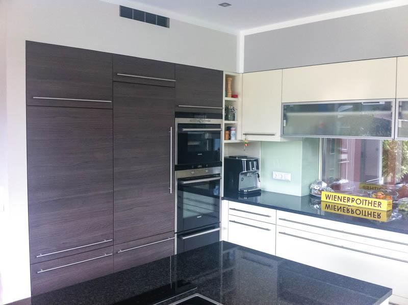 Küche Fronten Dekor dunkel - Arbeitsplatte dunkler Granit
